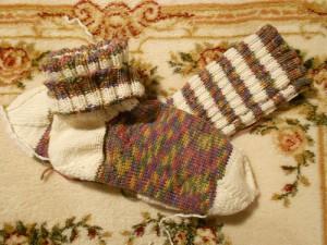 полосатые носки с мыском штопором