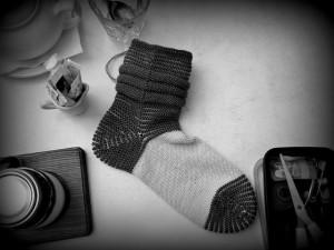 чёрно-белый носок с роковыми наклонностями
