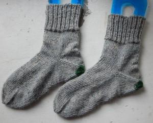 красивые простые носки с пяткой задним числом