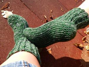 зелёные носки-тапки