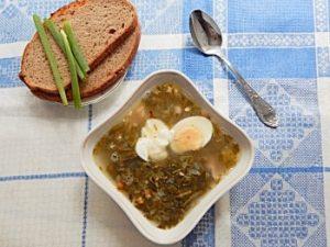 Щи из щавеля по рецепту из Книги о вкусной и здоровой пище